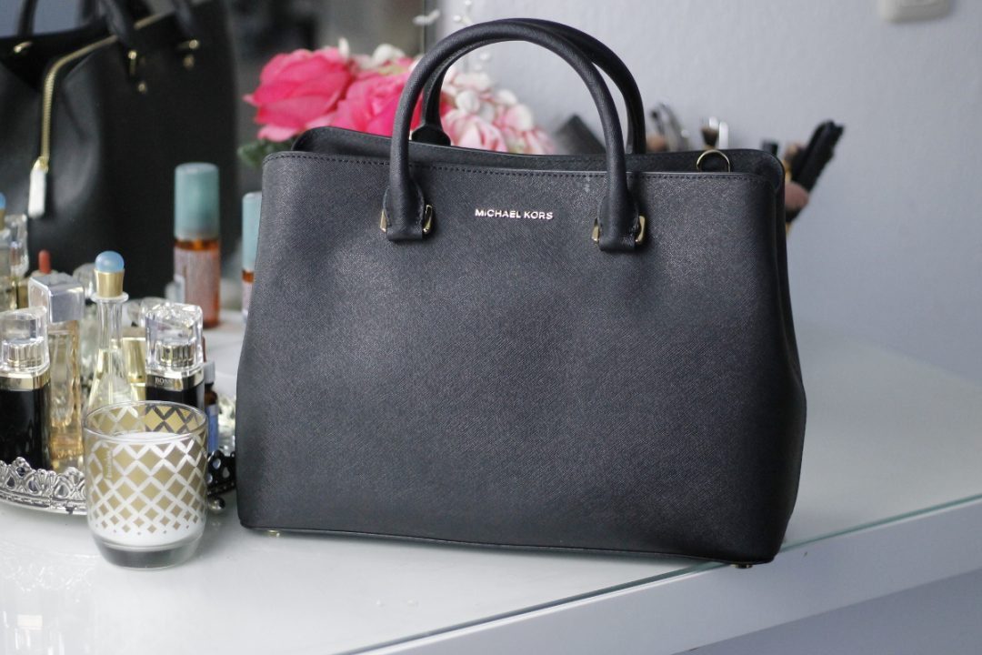 New in: MICHAEL KORS Handtasche Savannah